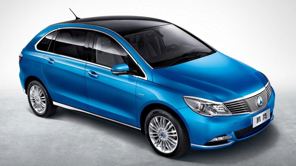 Daimler Denza EV, 300 km de autonomía para el mercado chino