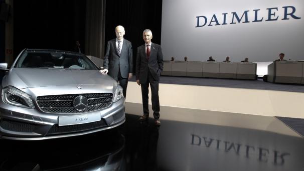 Daimler pagará una gratificación de 3.200 euros