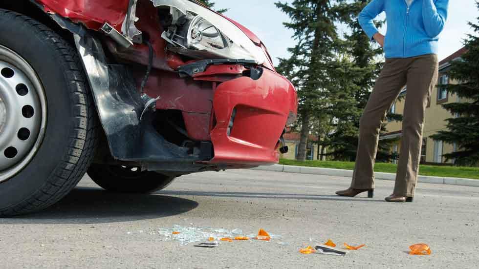 Distracciones, la principal causa de accidentes con víctimas en carretera