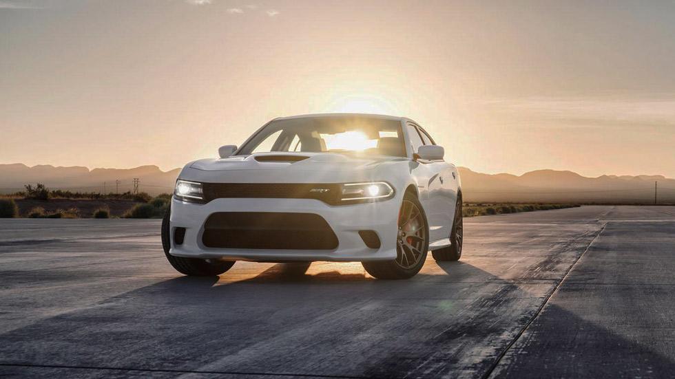 Dodge Charger SRT Hellcat 2015, el sedán más rápido del mundo