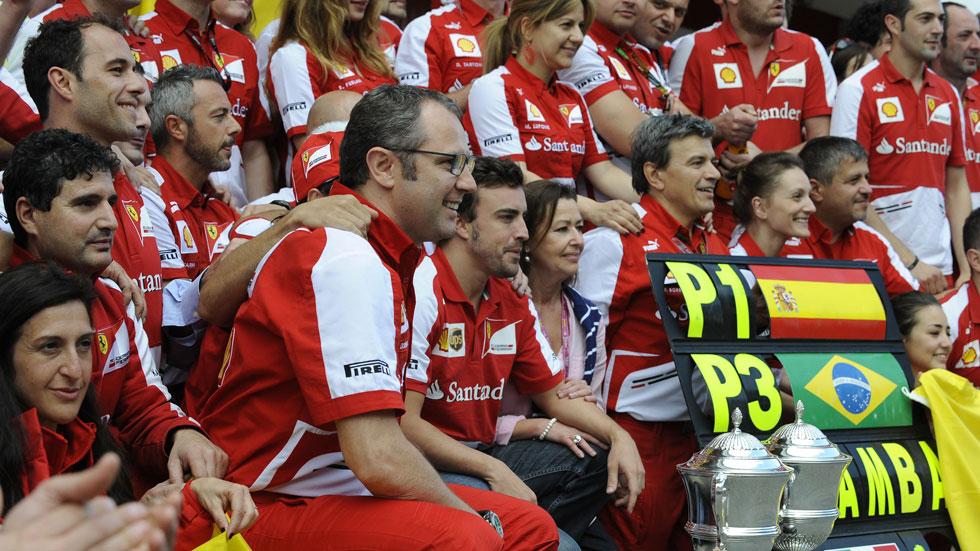 Domenicalli anima a Ferrari a seguir hacia delante