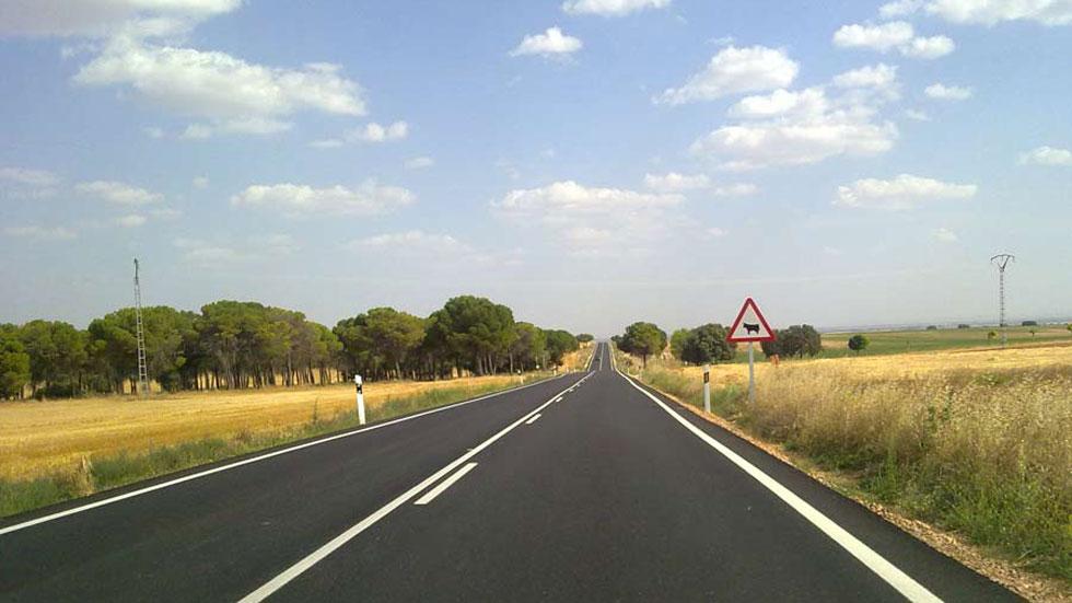 El 72 por ciento del firme de las carreteras, muy agrietado