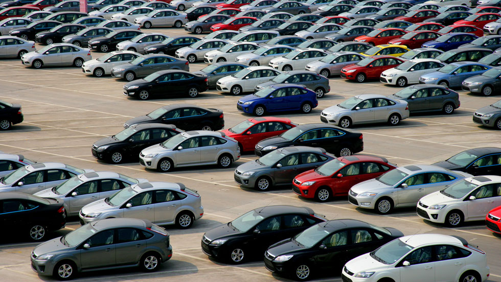 El parque automovilístico se redujo en 2013