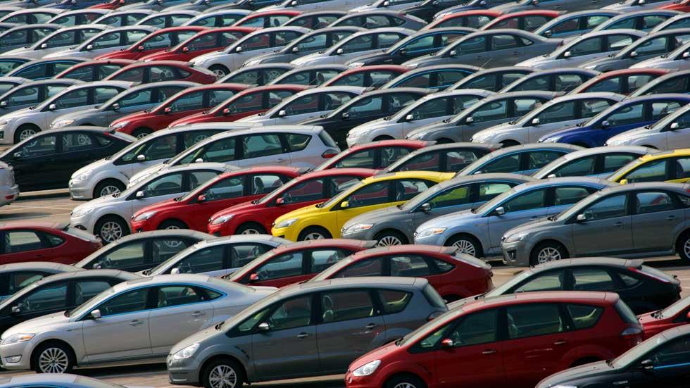 El superávit comercial del automóvil baja un 48,9 por ciento