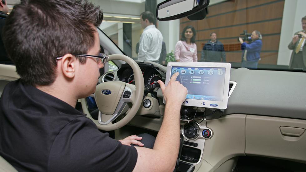 En 2030, todos los coches serán telemáticos