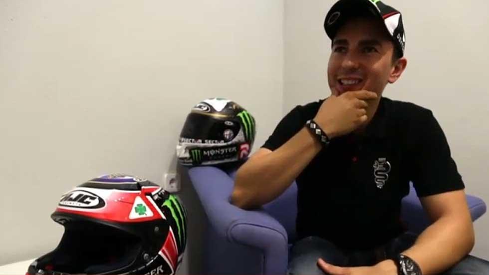 Entrevista: nos subimos con Jorge Lorenzo en un Alfa Romeo 4C