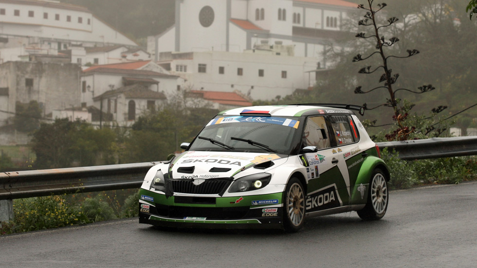 Europeo de Rallyes: Kopecky aprovechó el abandono de Kubica