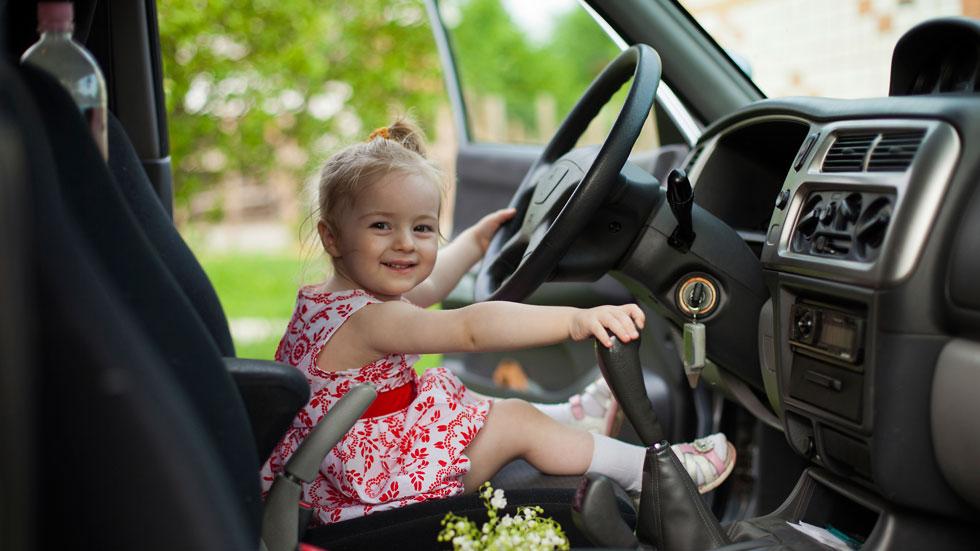 7 errores comunes con tus hijos en el coche