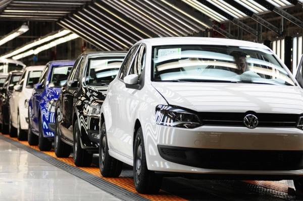 España elevará su producción de coches en 2014