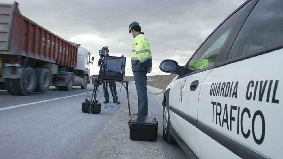 ITV caducada y exceso de velocidad, multas más frecuentes en verano