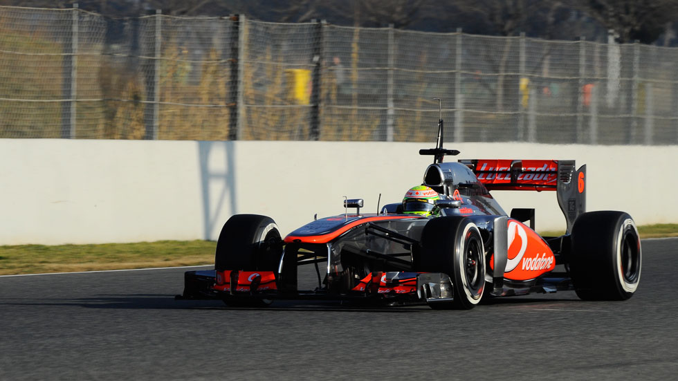 Sergio Pérez y McLaren asustan en Montmeló