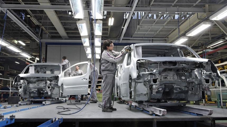 Los fabricantes piden a Montoro una reforma fiscal para el automóvil