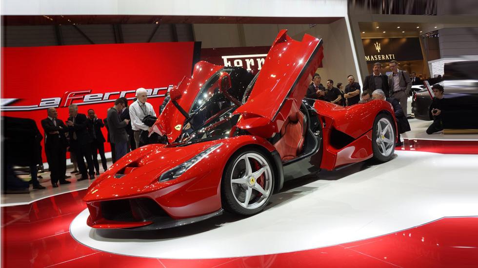 Ferrari LaFerrari, un brutal deportivo híbrido de 963 CV