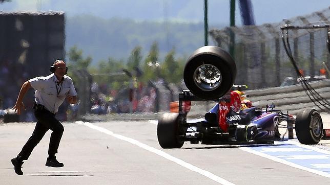 La FIA reduce la velocidad de 100 a 80 km/h en el 'pit lane'