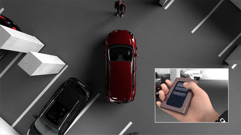 Ayuda de estacionamiento asistido con botón de Ford