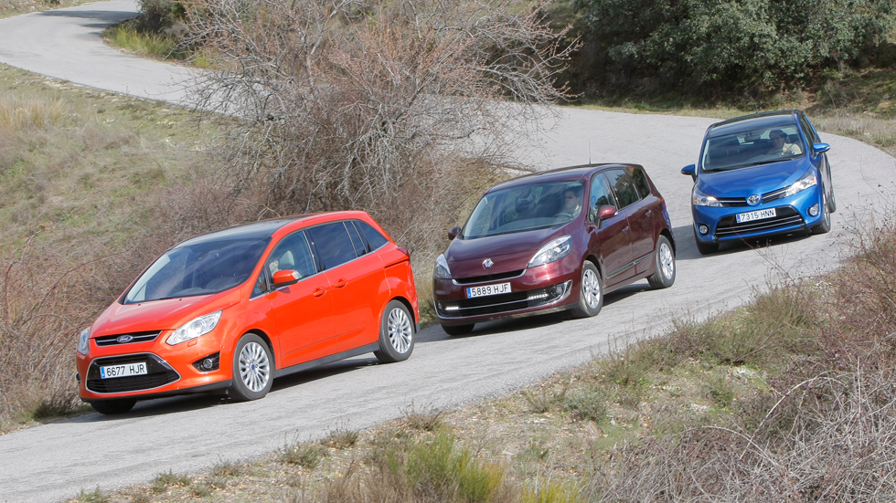 Comparativa: Ford Grand C-Max 1.6 TDCi vs Renault Grand Scénic 1.6 dCi y Toyota Verso 120D