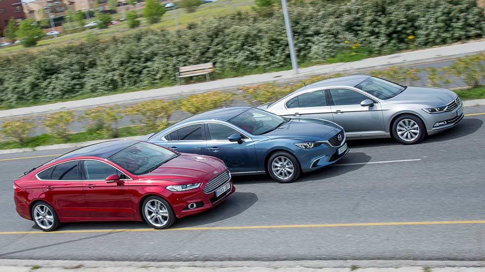 Comparativa: Ford Mondeo 1.5 EcoBoost 160, Mazda 6 2.0 Skyactiv, VW Passat 1.4 TSI ACT 150