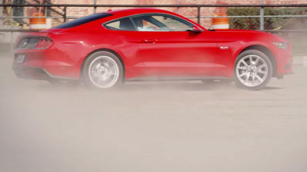 El Ford Mustang y su 'Cita Rápida' por San Valentín