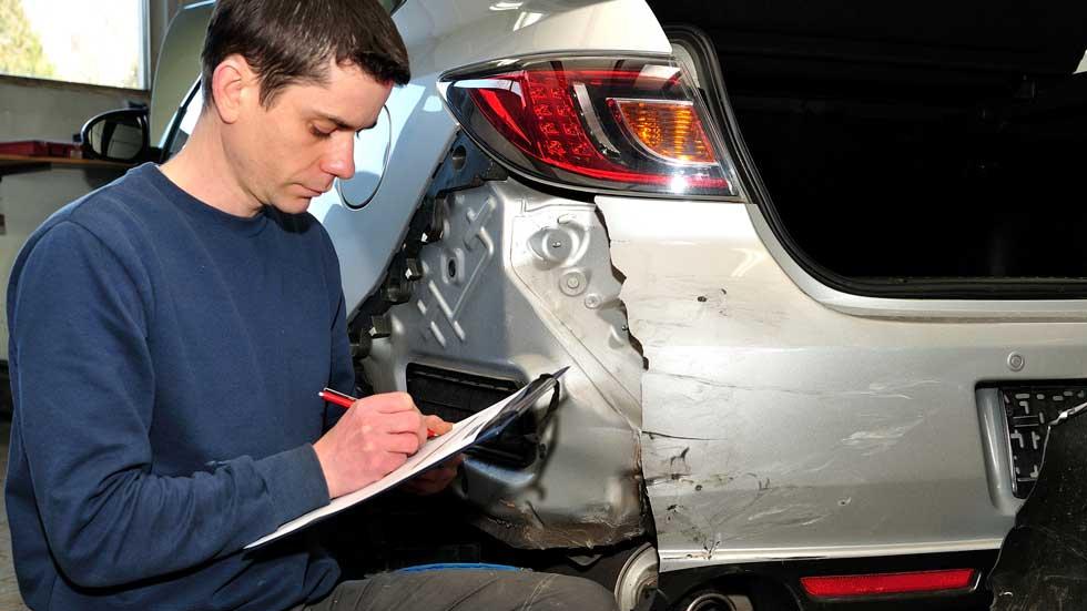 El fraude profesional al seguro del coche aumenta en 2014