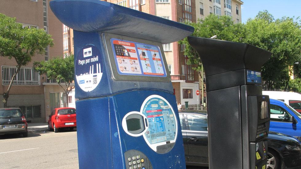 Gastamos 15.700 horas en Madrid en usar los parquímetros de la ORA