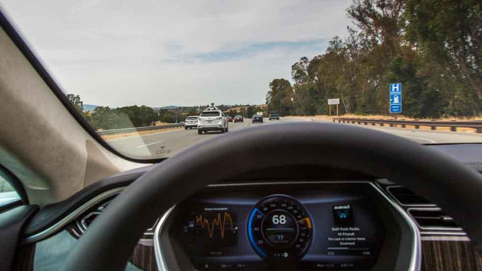 Google: más conectividad para hacer coches más seguros