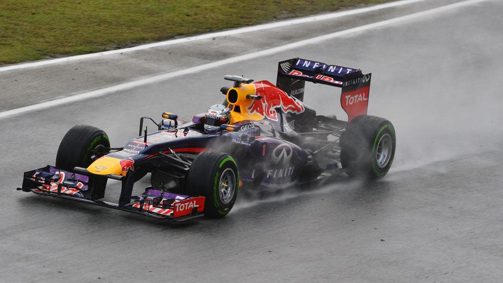 GP Malasia: Vettel consigue la 'pole' en Sepang