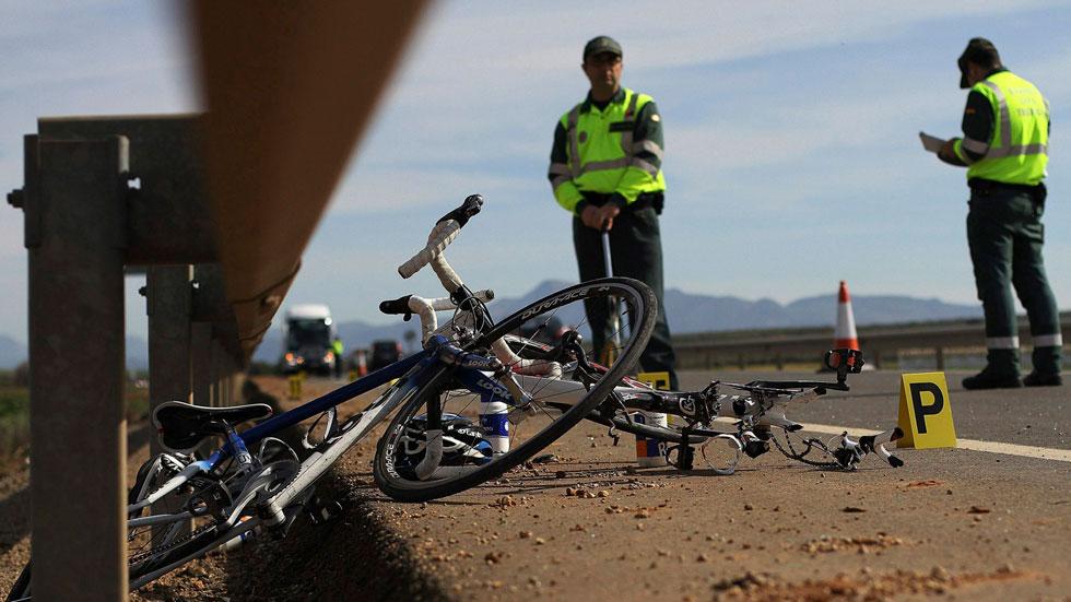 Los guardias civiles camuflados de ciclistas para multar, más cerca