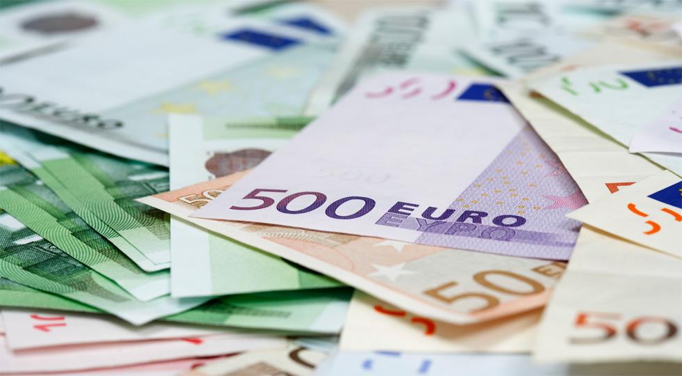 Hacienda se lleva de la industria del automóvil 25.700 millones de euros