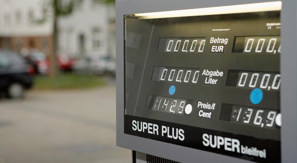 Los hogares consumen un 4 por ciento menos en carburante