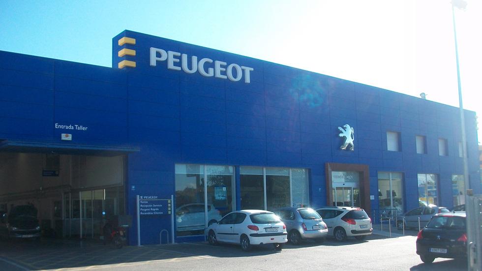 Huelga en concesionarios y talleres de Peugeot
