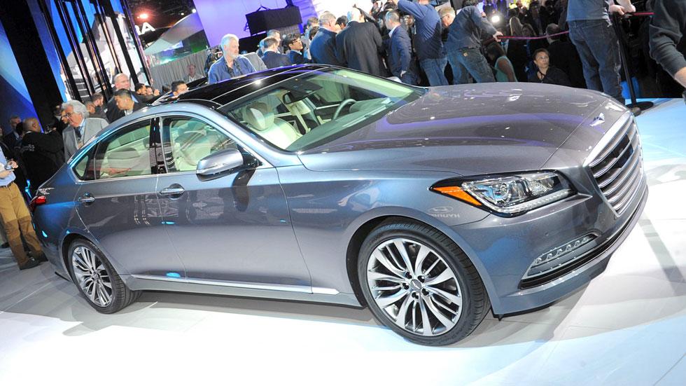 Hyundai Genesis Sedán, el rival coreano del Serie 5