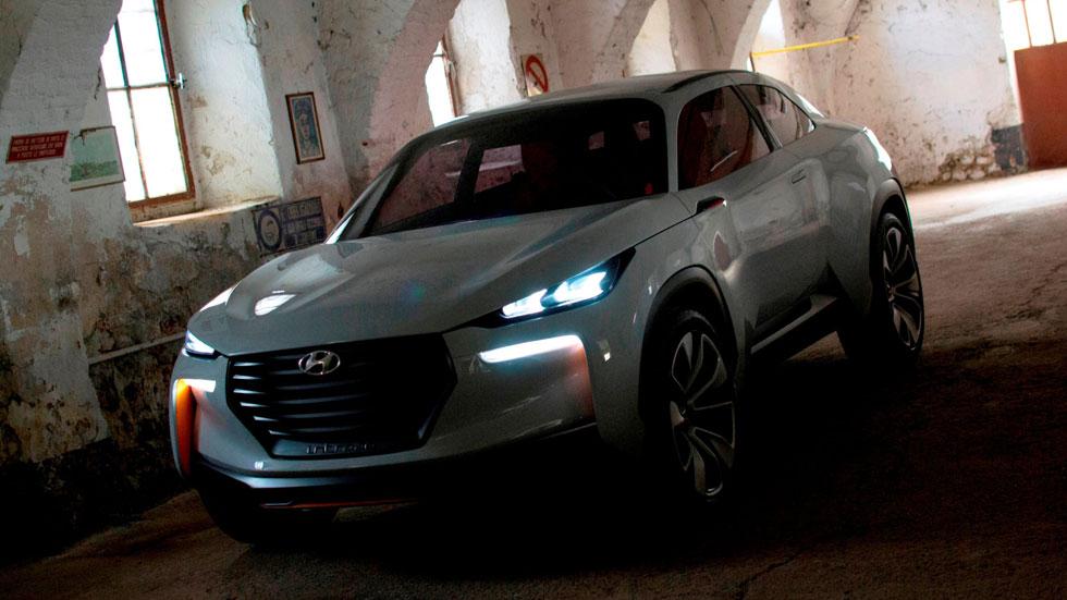 Hyundai Intrado Concept, 600 km de autonomía y emisiones de agua