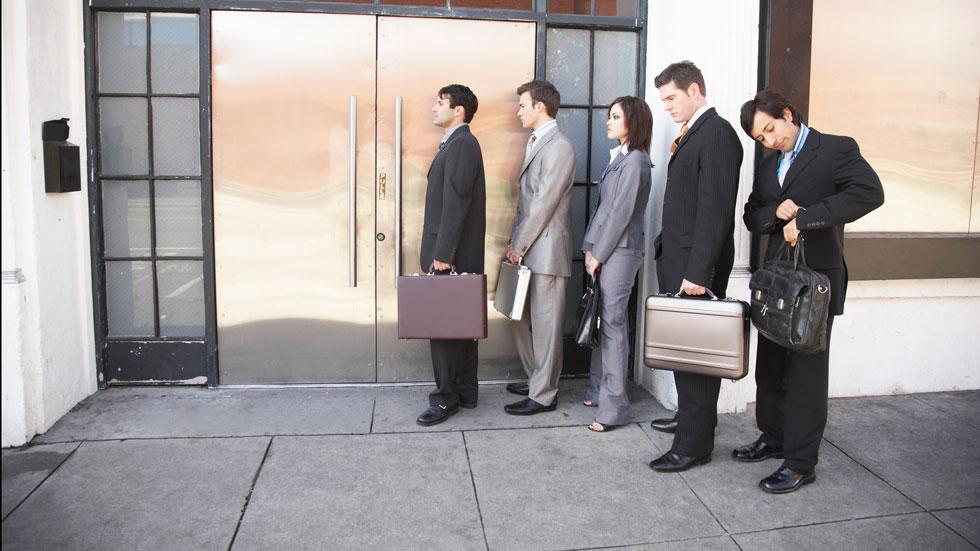 Industria: 124.000 desempleados por la crisis