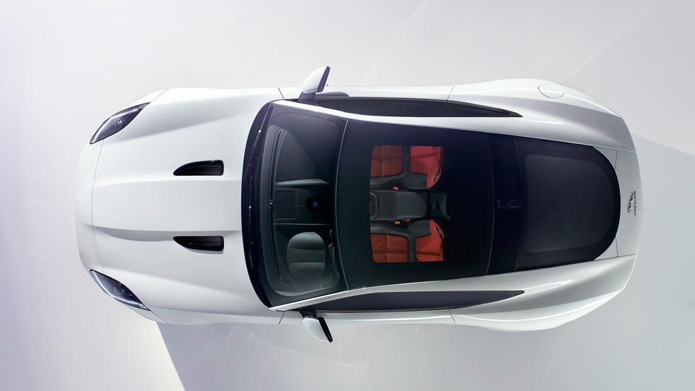 Jaguar F-Type Coupé: el espectáculo continúa