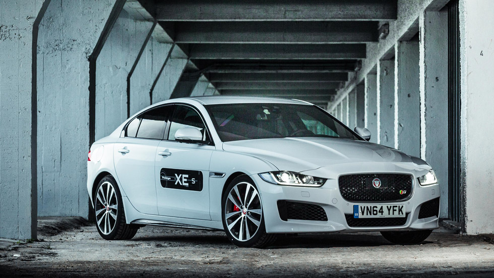 Primera prueba: Jaguar XE, viene a dar guerra