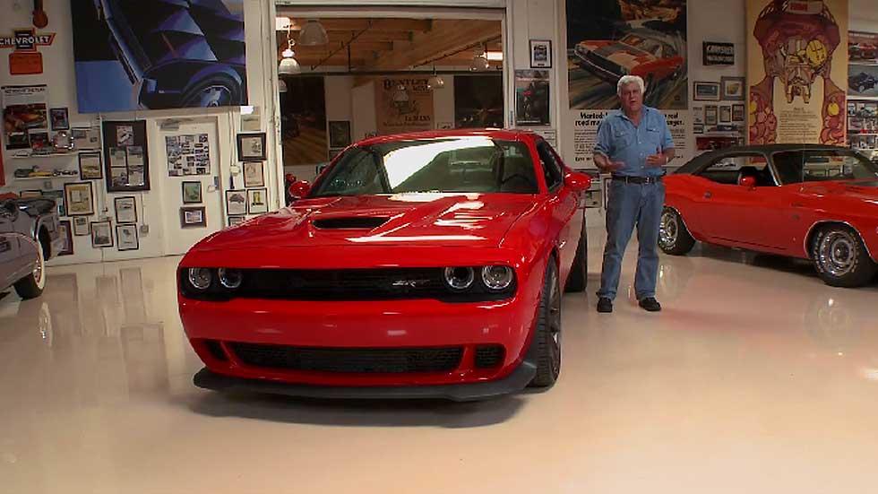 Jay Leno añade a su colección un Dodge Challenger SRT Hellcat