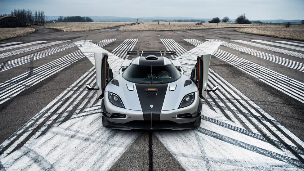 Vídeo: el Koenigsegg One:1, a por un nuevo récord Guinness… ¿lo conseguirá?