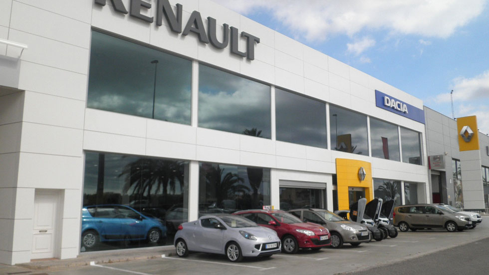 La mitad de los coches vendidos los compran empresas