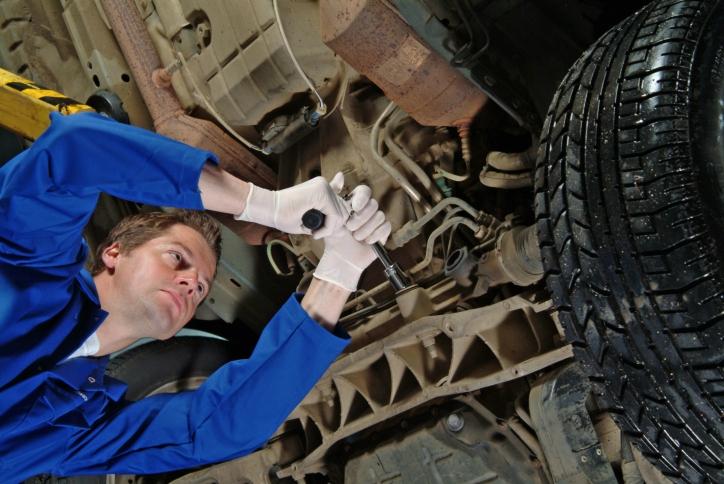 Las reparaciones en talleres caen un 8 por ciento