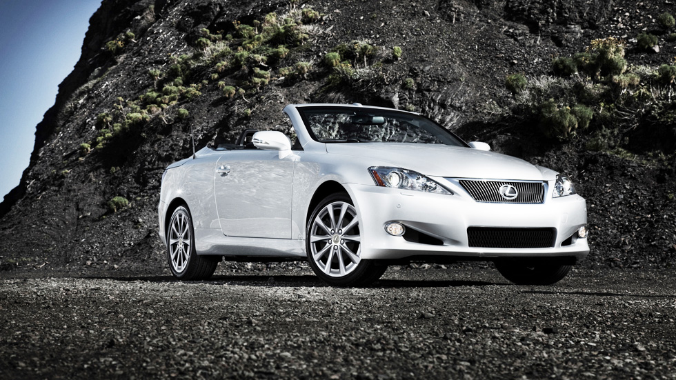 Lexus IS C 2014, presume de descapotable