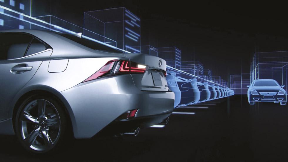 Lexus IS 300h: el vehículo 'anti-choque'