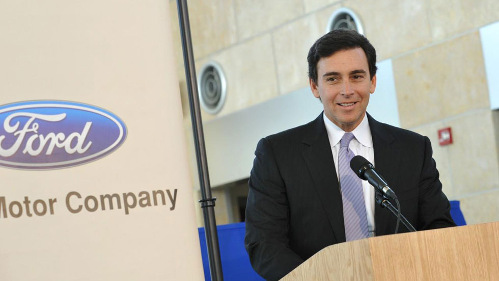 Mark Fields sustituirá a Alan Mulally al frente de Ford