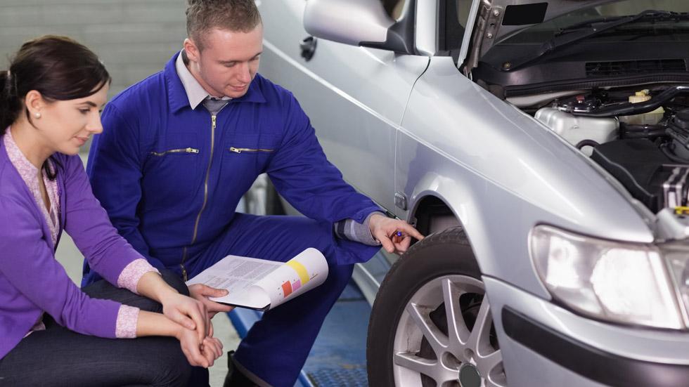 Más del 70 por ciento de los coches, con los neumáticos en mal estado