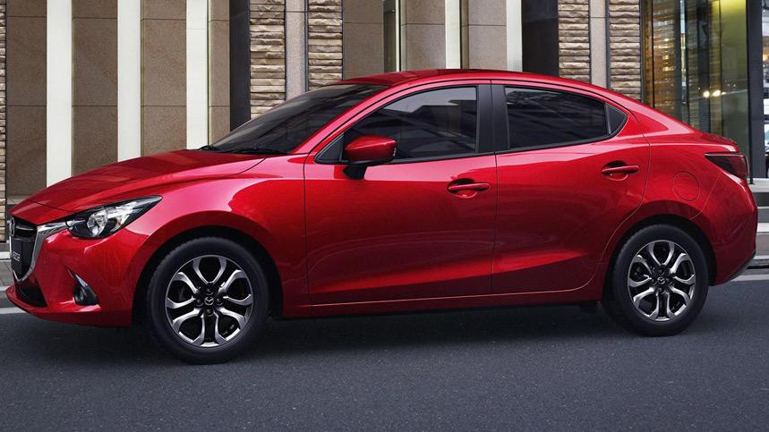 Mazda 2 Sedán, un utilitario aún más versátil