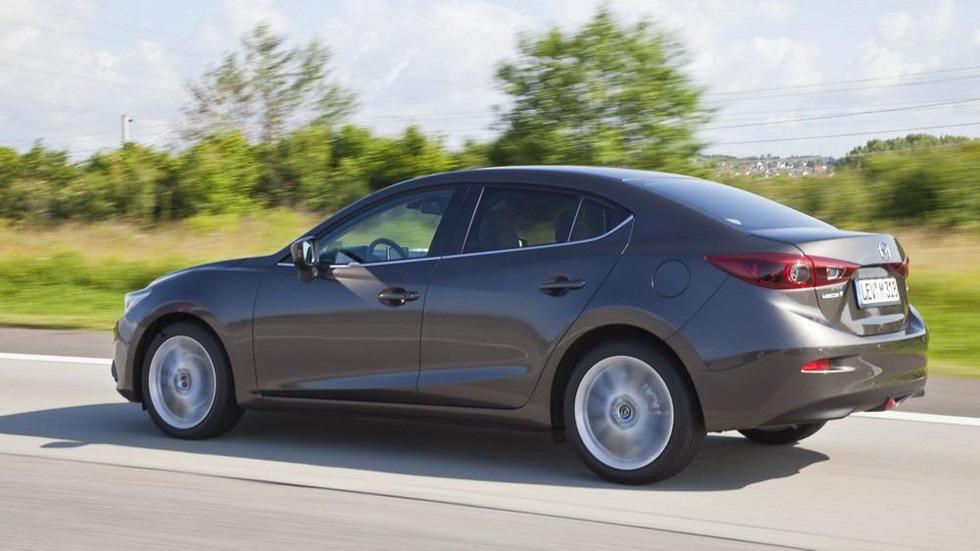 Mazda3 Sedan 2013, la familia se completa