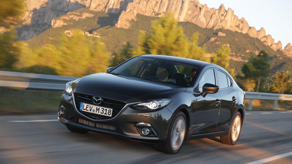 Contacto: Mazda3 SportSedan 1.5 Skyactiv-G 100 CV
