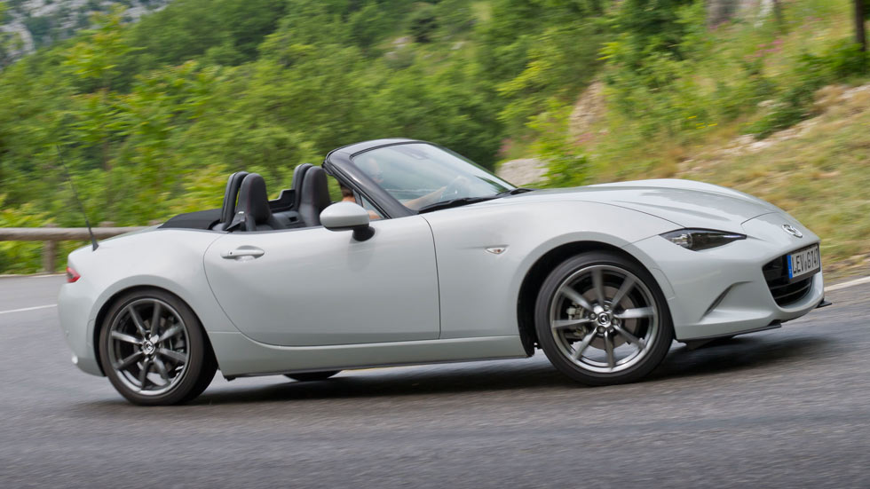 new mazda mx 5 wins both 2016 world car of the year and world car