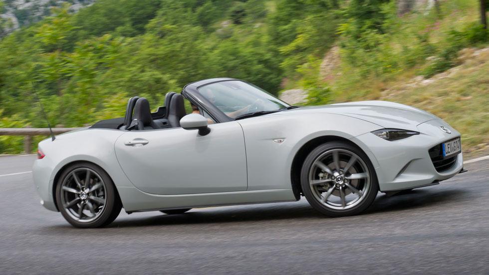 Primera prueba: Mazda MX-5, el roadster más asequible… aún más divertido