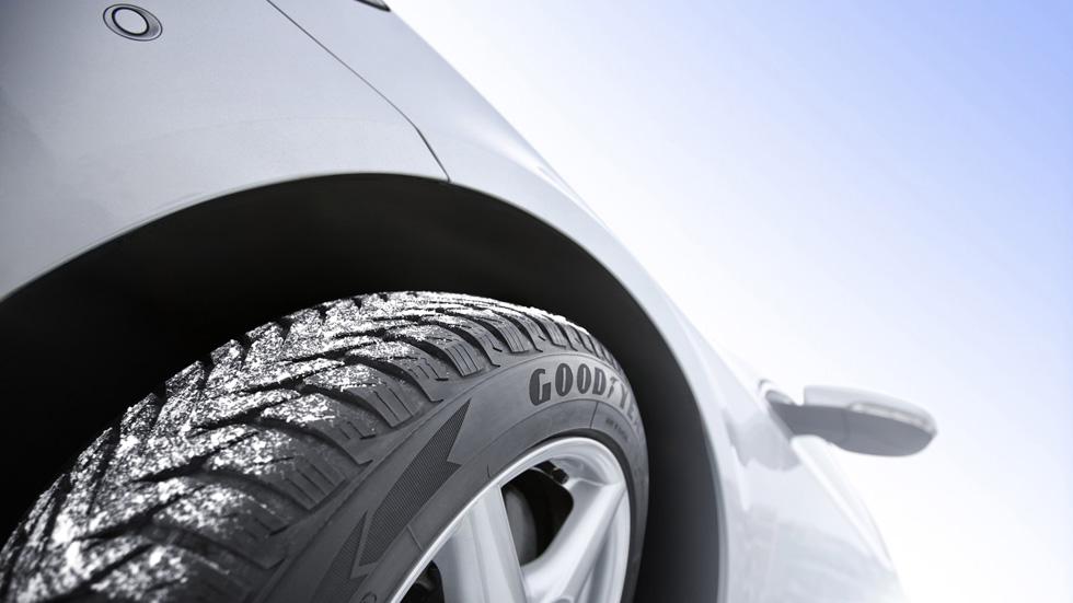 Menos código de velocidad, neumático de invierno más barato