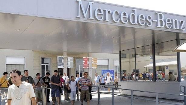 Mercedes inicia su ERE Vitoria y Barcelona